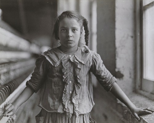Dotter girl in New England Mill